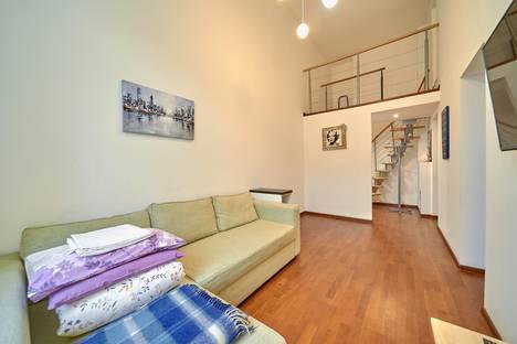 Сдается 1-комнатная квартира посуточно в Санкт-Петербурге, Невский проспект, 18.