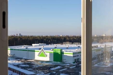 Сдается 2-комнатная квартира посуточно в Перми, шоссе Космонавтов, 166.