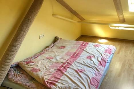 Сдается 4-комнатная квартира посуточно в Ростове-на-Дону, проспект Соколова, 61.
