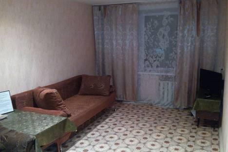 Сдается 1-комнатная квартира посуточно в Златоусте, пр. Гагарина, 2 линия, д.4.