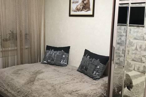 Сдается 1-комнатная квартира посуточно в Нягани, 2 микрорайон дом 24.