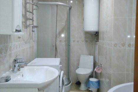 Сдается 1-комнатная квартира посуточно в Алуште, улица Перекопская, 4.