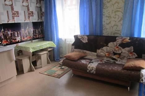 Сдается 1-комнатная квартира посуточно в Прокопьевске, Вокзальная улица, 35.