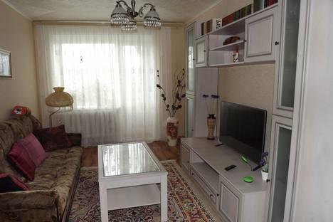 Сдается 2-комнатная квартира посуточно в Яровом, Яровое.