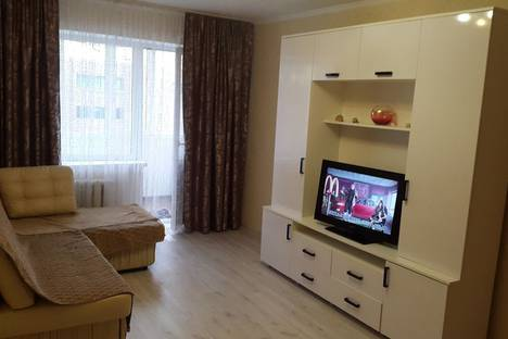 Сдается 2-комнатная квартира посуточно в Калининграде, улица Театральная, 27.