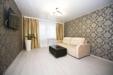 Сдается 2-комнатная квартира посуточно в Иркутске, улица Безбокова, 30/4.