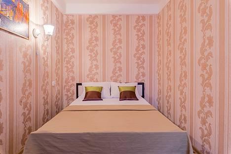 Сдается 1-комнатная квартира посуточно в Санкт-Петербурге, проспект Большевиков, 25.