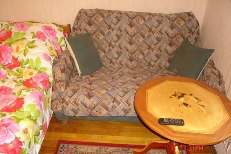 Сдается 2-комнатная квартира посуточнов Сочи, ул. Конституции, 44.