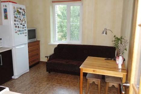 Сдается 1-комнатная квартира посуточно в Мурманске, Привокзальная 2.