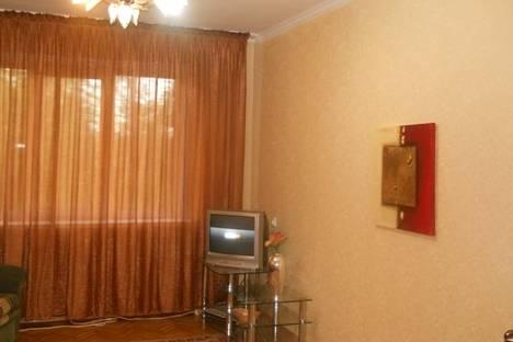 Сдается 3-комнатная квартира посуточно в Набережных Челнах, проспект Чулман, 32/42.