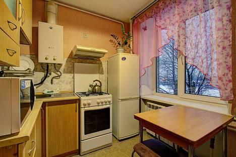 Сдается 2-комнатная квартира посуточнов Санкт-Петербурге, ул. Красуцкого, 2.
