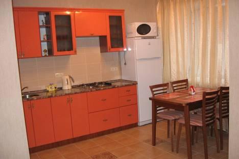 Сдается 2-комнатная квартира посуточно, ул. Ошарская, 15.