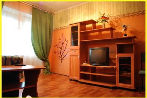 Сдается 1-комнатная квартира посуточно в Ярославле, ул.Чкалова 68.