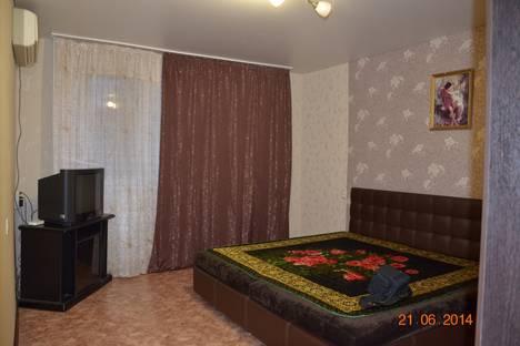 Сдается 1-комнатная квартира посуточно в Оренбурге, улица Терешковой 25.