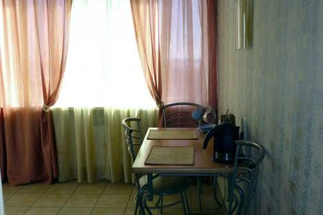 Сдается 1-комнатная квартира посуточно в Волгограде, проспект Ленина 6.