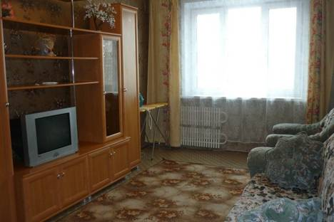 Сдается 2-комнатная квартира посуточно в Белгороде, Преображенская 132.