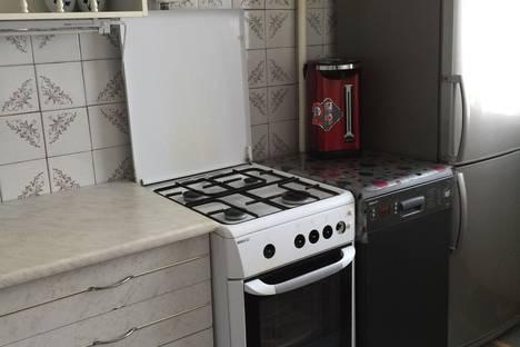Сдается 4-комнатная квартира посуточно в Яровом, кв А.