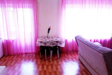 Сдается 1-комнатная квартира посуточно в Нижнекамске, ❤проспект Строителей, 30❤.