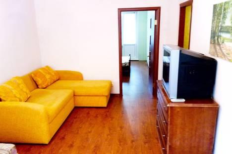 Сдается 2-комнатная квартира посуточно в Нижнекамске, ❤ улица Габдуллы Тукая, 32❤.
