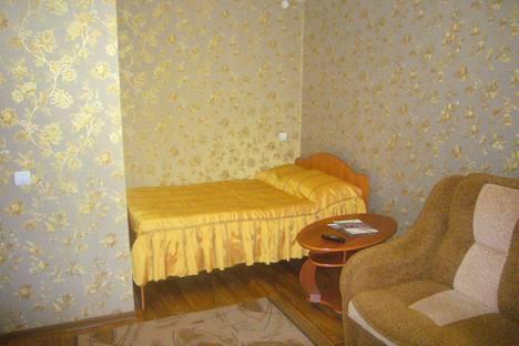 Сдается 1-комнатная квартира посуточно в Выксе, улица Островского, 18.