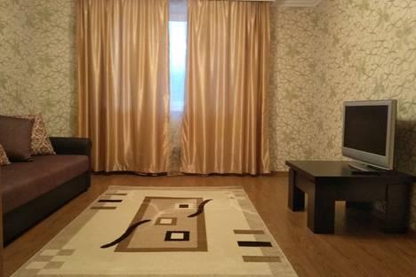 Сдается 2-комнатная квартира посуточно в Одинцове, улица Неделина, 7А.