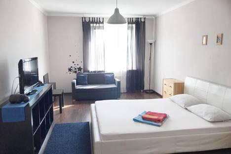 Сдается 1-комнатная квартира посуточно в Туле, улица Замочная, 105в.