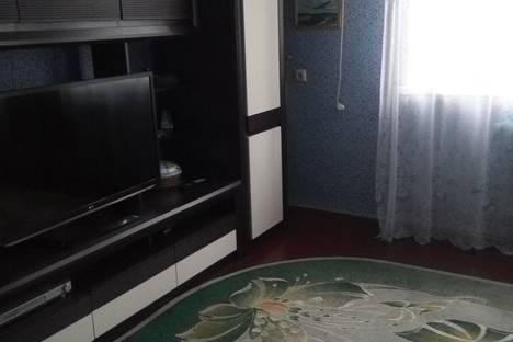Сдается 2-комнатная квартира посуточно в Туапсе, улица Октябрьской Революции, 7.