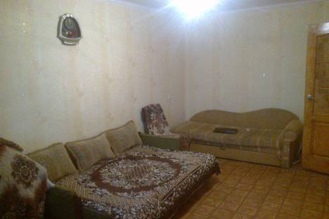 Сдается 1-комнатная квартира посуточно в Шостке, Робоча вулиця 4.