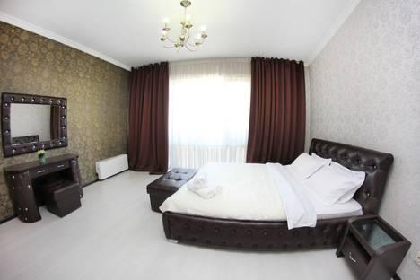 Сдается 3-комнатная квартира посуточно в Алматы, улица Навои, 74.