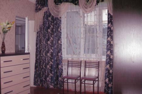Сдается 2-комнатная квартира посуточно, улица Кольцова, 12.
