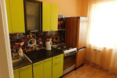 Сдается 1-комнатная квартира посуточно, улица Героев Самотлора, 20.