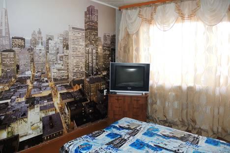 Сдается 2-комнатная квартира посуточно в Братске, улица Мира, 42.