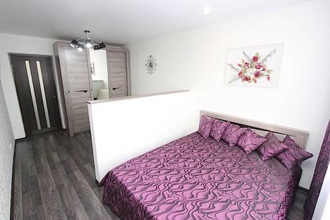 Сдается 1-комнатная квартира посуточно, бульвар Старшинова, 8А.