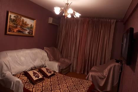 Сдается 1-комнатная квартира посуточно в Махачкале, проспект Имама Шамиля, 34.