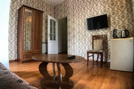 Сдается 1-комнатная квартира посуточно в Ялте, Республика Крым,улица Куйбышева, 10.