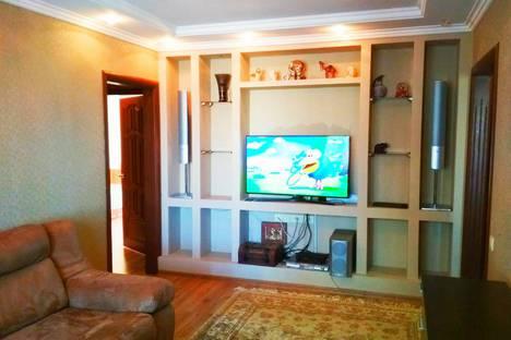 Сдается 3-комнатная квартира посуточно в Саранске, улица Коваленко, 46.