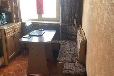 Сдается 2-комнатная квартира посуточно в Нижнем Новгороде, ул. Маршала Рокоссовского, 6.
