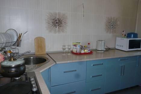 Сдается 3-комнатная квартира посуточно в Новотроицке, Новотроцк ул Уральская 20.