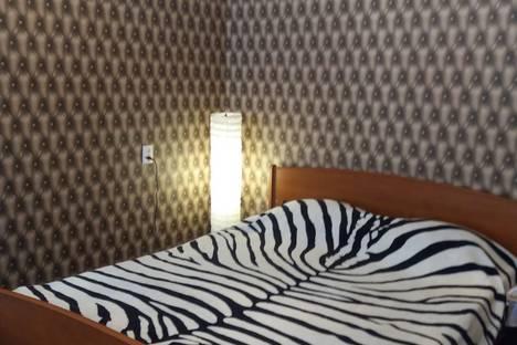 Сдается 1-комнатная квартира посуточно в Прокопьевске, улица Петренко 6.
