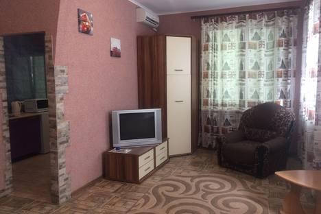 Сдается 1-комнатная квартира посуточно в Кривом Роге, Кривий Ріг, проспект Миру, 33.