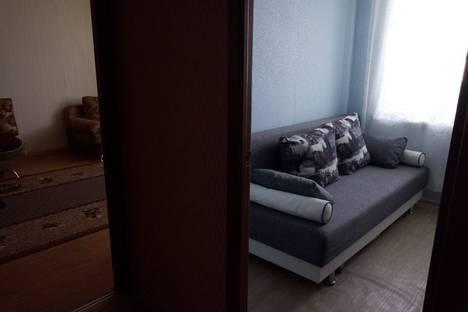 Сдается 2-комнатная квартира посуточно в Яровом, квартал A, 30.