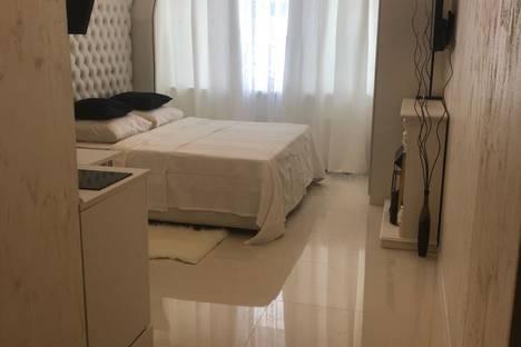 Сдается 1-комнатная квартира посуточно в Нахабине, Улица Королева.