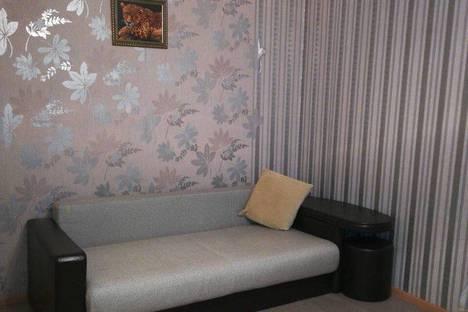 Сдается 2-комнатная квартира посуточно в Нижневартовске, ул Чапаева, 5/47.