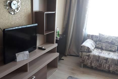 Сдается 2-комнатная квартира посуточно в Тихорецке, ул  Октябрьская 95 кв 89.