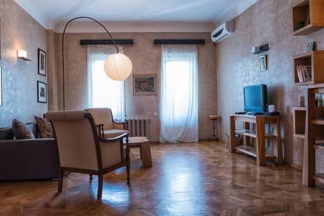 Сдается 4-комнатная квартира посуточно в Тбилиси, Tbilisi, Ietim Gurji Street, 11.