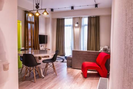 Сдается 3-комнатная квартира посуточно в Тбилиси, Тбилиси. гутани 3.