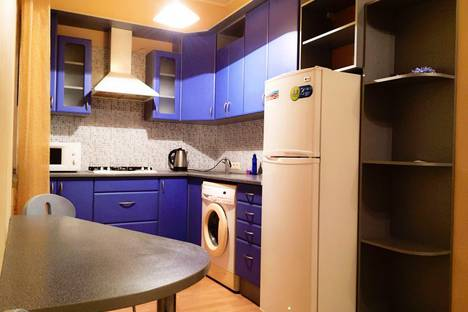 Сдается 1-комнатная квартира посуточно в Донецке, 50-летие СССР д.140.