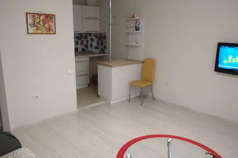 Сдается 2-комнатная квартира посуточно в Абакане, улица Лермонтова 18.