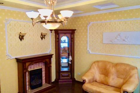 Сдается 3-комнатная квартира посуточно, Волгоградская улица, 124.