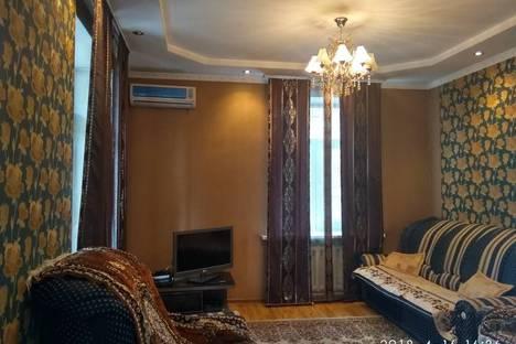 Сдается 3-комнатная квартира посуточно в Бишкеке, проспект Чуй, 170.